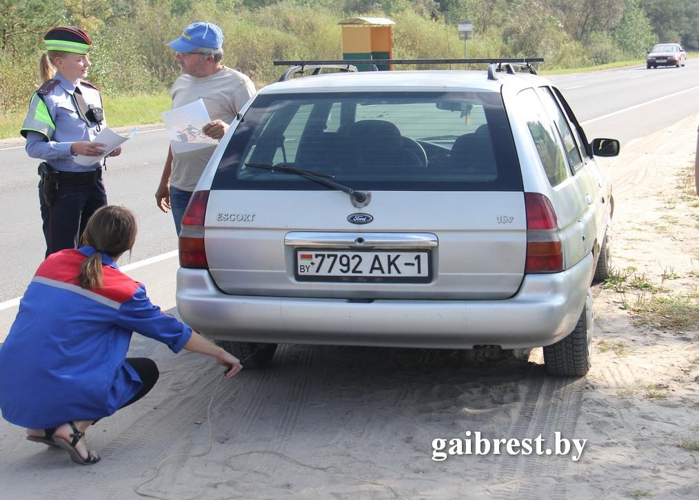 """В рамках подготовки ко Дню без автомобиля сотрудники ГАИ проверяли """"выхлоп"""""""
