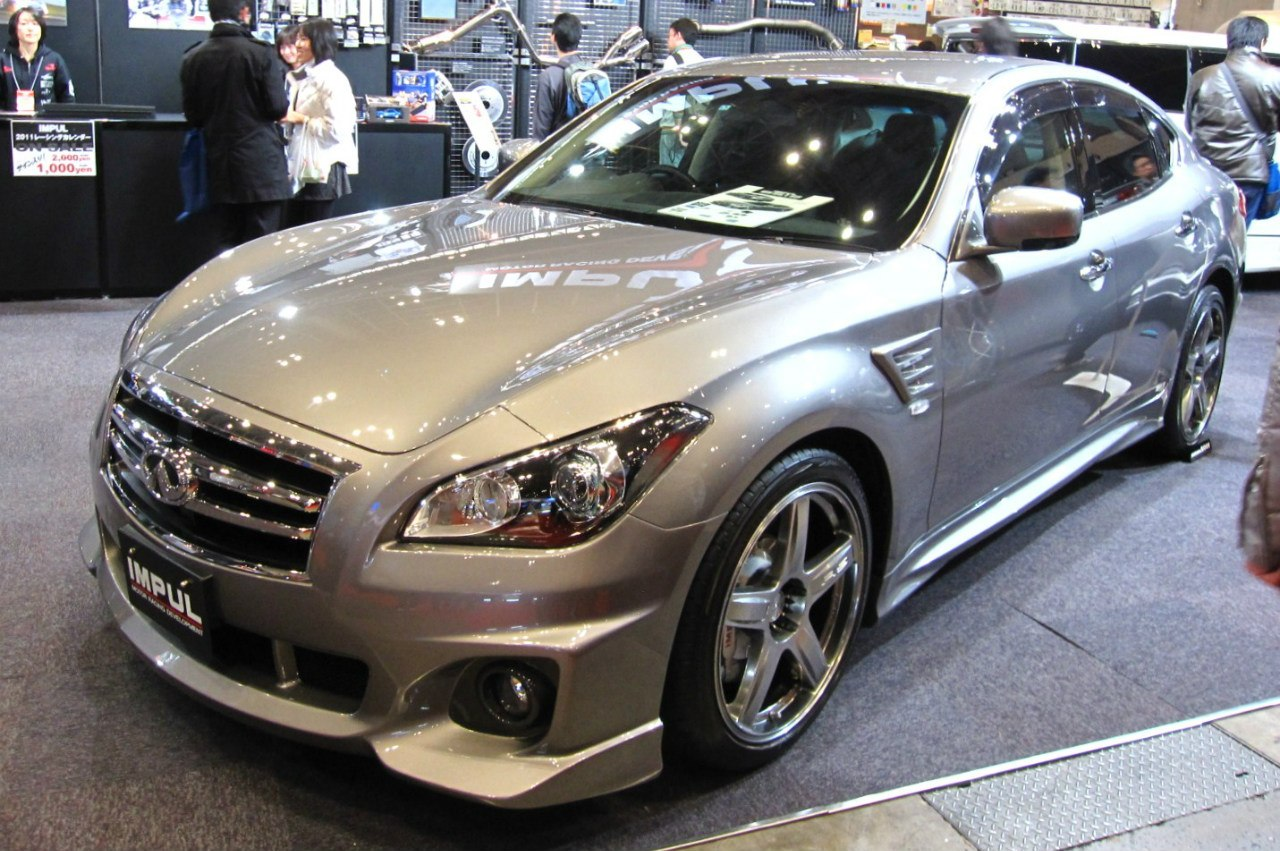 Nissan Fuga Impul 2013