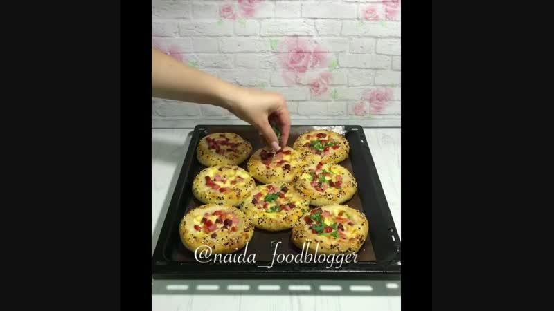 Мини-пиццы - Личный повар (Рецепт под видео в описании)