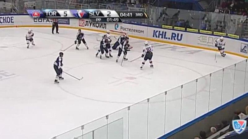 Моменты из матчей КХЛ сезона 1415 • Гол. 53. Кэм Баркер (Слован) отличился в большинстве 10.11