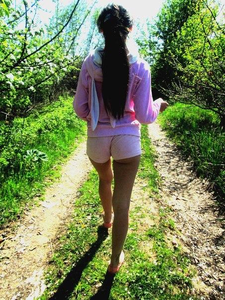 Winzigen Volljhrigkeit Teenager reitet riesigen shlong
