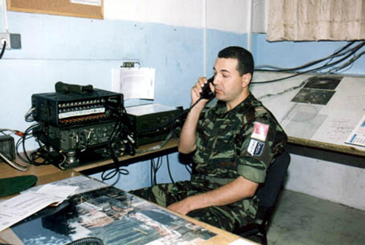 Photos de nos soldats et des Bases Marocaines - Page 2 ZstKN0_e3no