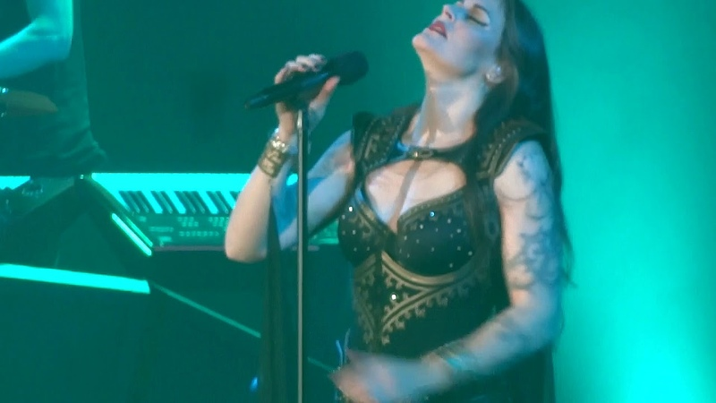 NIGHTWISH - Intro... Dark Chest Of Wonders.... @ PARIS Bercy - AccorHotels Arena - Nov.10 / 2018