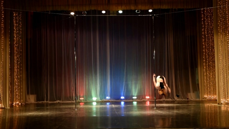 DANCE de VOLE ПИЛОН... 29 АПРЕЛЯ 2018 КЛИП 2