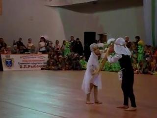 Yarovoy Vlad & Yarovaya Alina 2 ('Amira' Lugansk) @ Golden Cup Svyatogorsk'09 10421