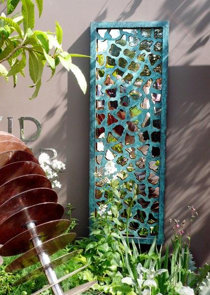 Арт-объекты в саду (5 фото) - картинка