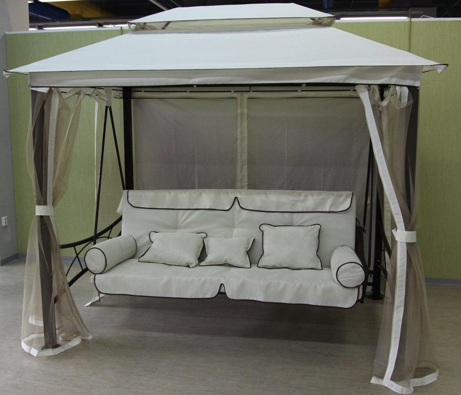 Ателье М-Линия принимает заказы на реставрацию, обновление тентов для шатров, качелей и различных навесов.