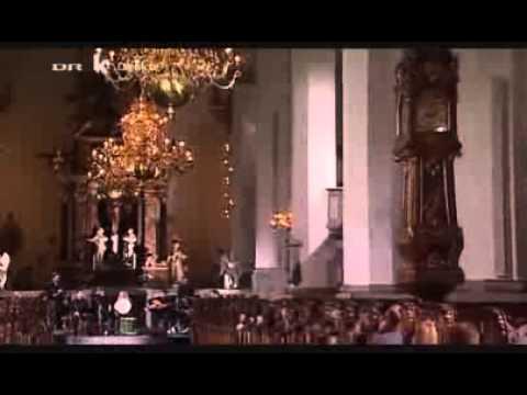 Music of Ottoman empire, old Ottoman Song 18/19 th Century - Üsküdara Giderken by Jordi Savall