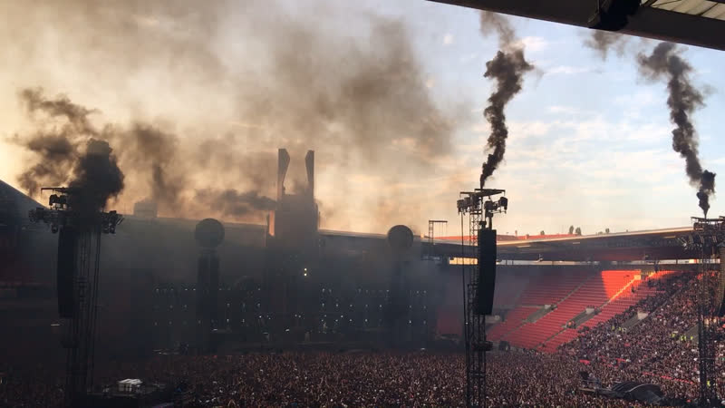 Спецэффекты на концерте Rammstein в Праге