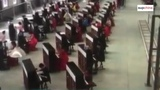 666 pianos playing at the same time!