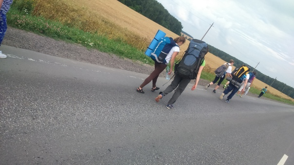 По дороге к очередной деревне  © Николай https://vk.com/id241073726