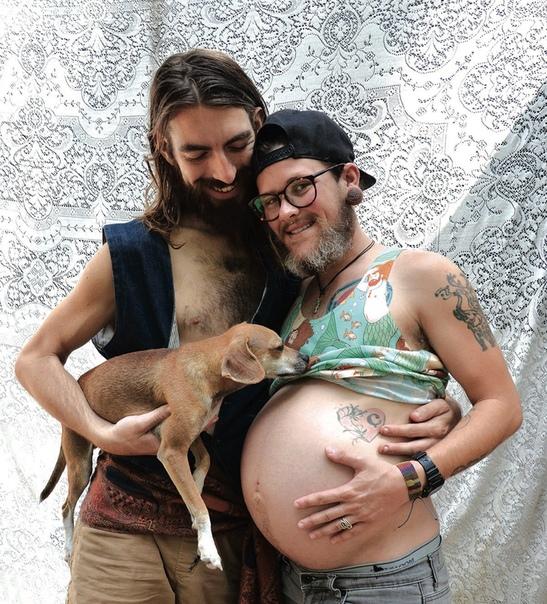 Мужчина самостоятельно родил себе сына в США 28 летний житель США благополучно выносил и родил ребенка своему возлюбленному. Раньше Уайли Саймoн был девушкой, но потом решил сменить пол. Для