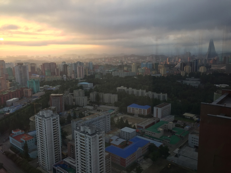 Отчет о путешествии в Северную Корею Вид на Пхеньян