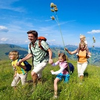 Логотип Полезный семейный тур Краснодар с детками 5+!!!