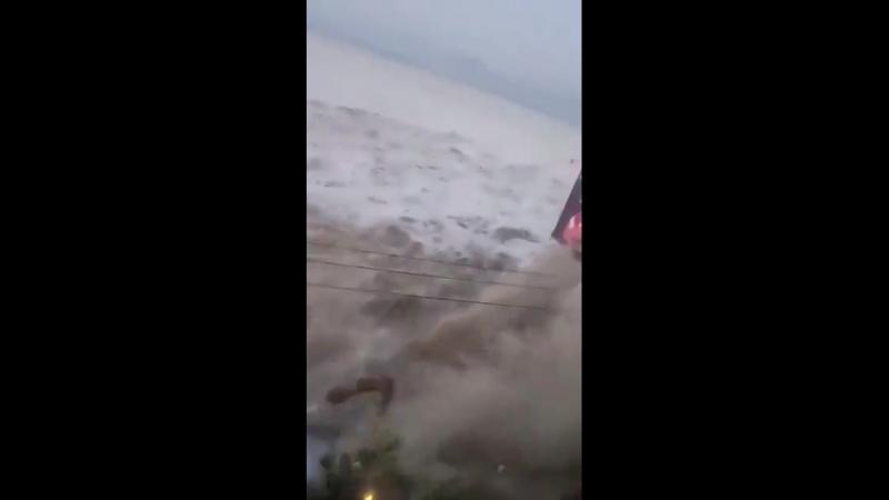 Astaghfirullah apa benar ini di Pantai Talise Palu Gempa Mohon konfirmasi nya
