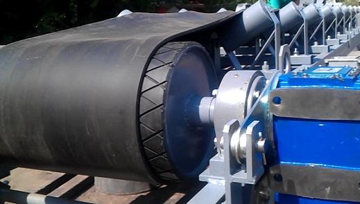 работу ленточного конвейера обеспечивает приводной барабан