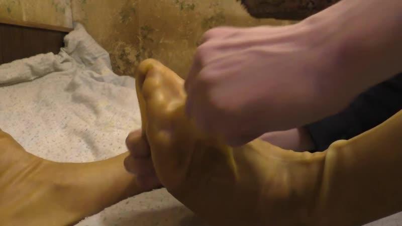 30 часов ножки прели в латексных носочках