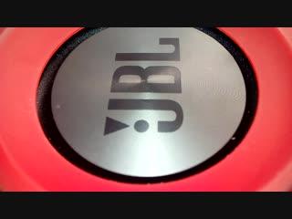 Jbl Charge 3 наваливает басс