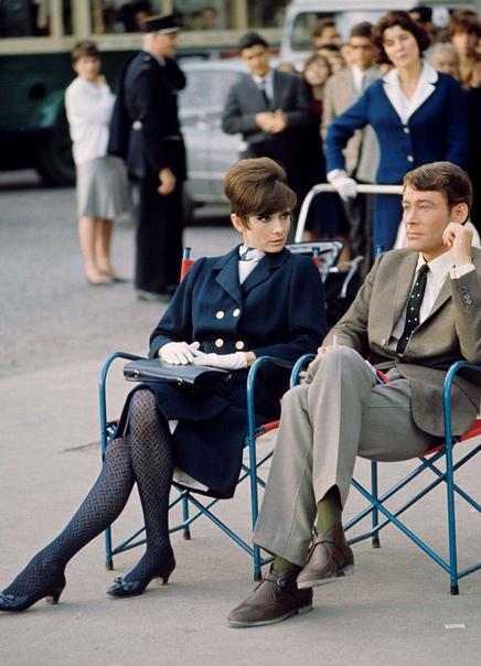 4 мая Одри Хэпбёрн могло бы исполниться девяносто лет. Промо и закадровые фотографии со съемок фильма How to Steal a Million. 1966-й