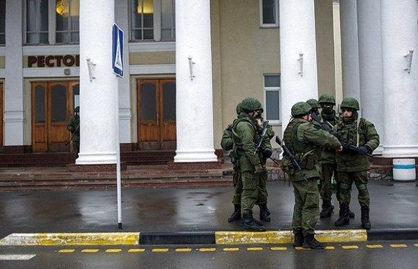 التصعيد العسكري الروسي بشبه جزيرة القرم الأوكرانية  8vzt9wGHens