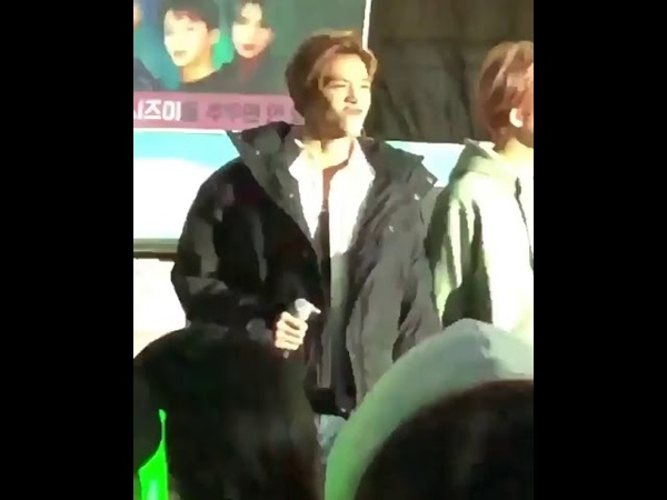 180222 NCT U Mini Fan Meeting Lucas hes so extra😂😂 and cutest at the same time!!😭😍❤