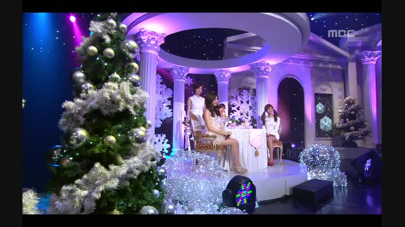 Jessica, Seohyun, Ga-in, Ji-eun - Have yourself a merry little christmas [ Music Core 2011.12.24 ]
