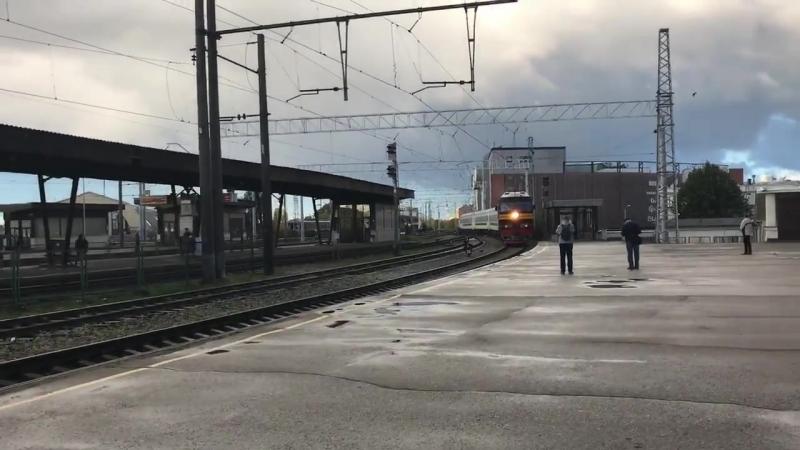 TEП-70-0209 з потягом 31 Київ-Мінськ-Вільнюс-Рига ст.Рига 9-06 ранку