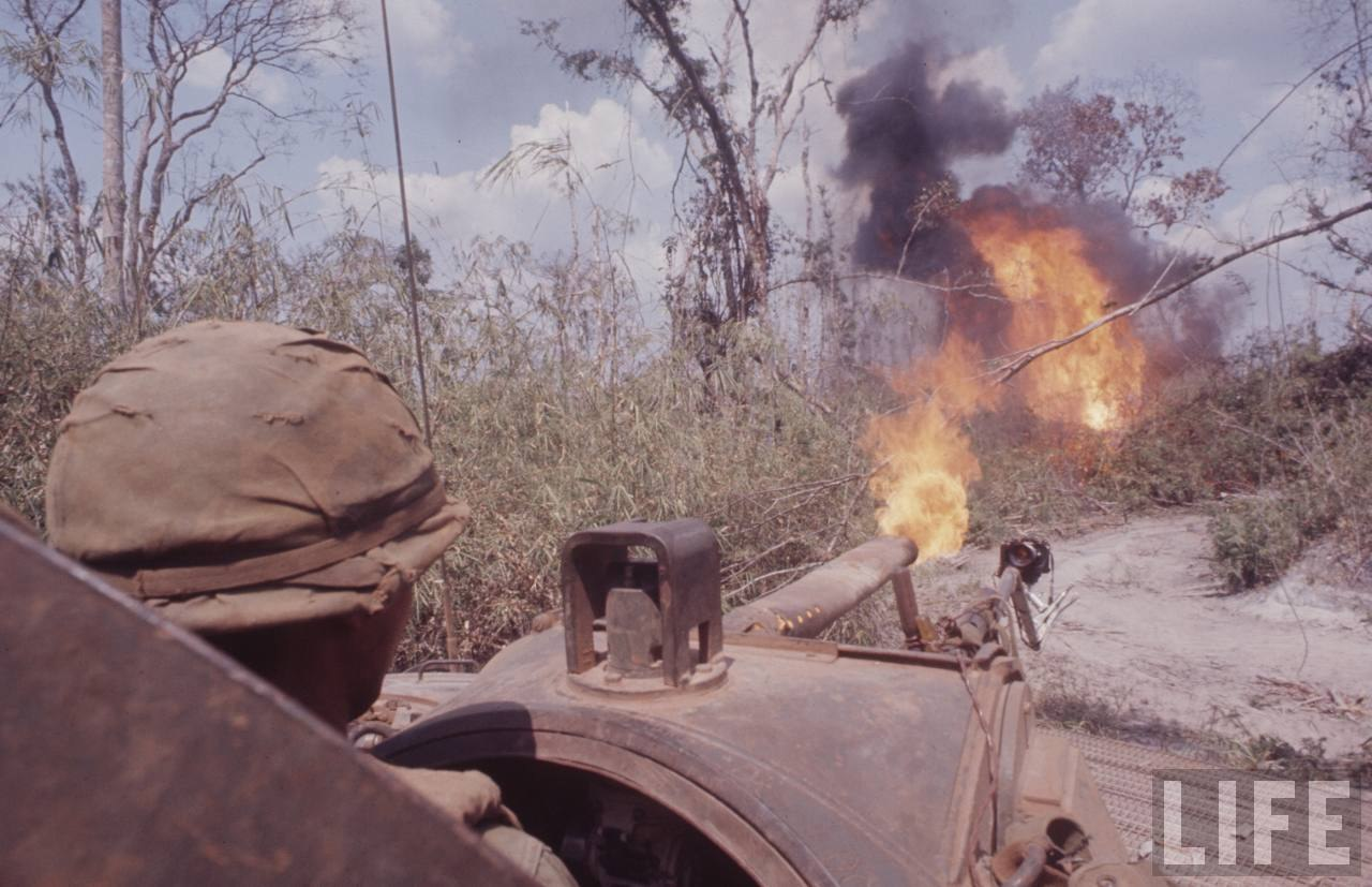 guerre du vietnam - Page 2 CwPyJal2ocw