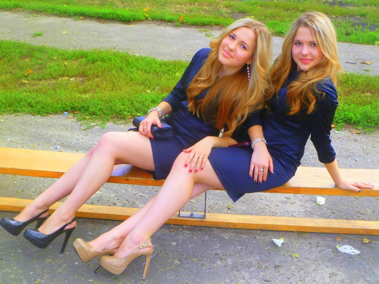 Русские сестра близняшки бесплатно 11 фотография