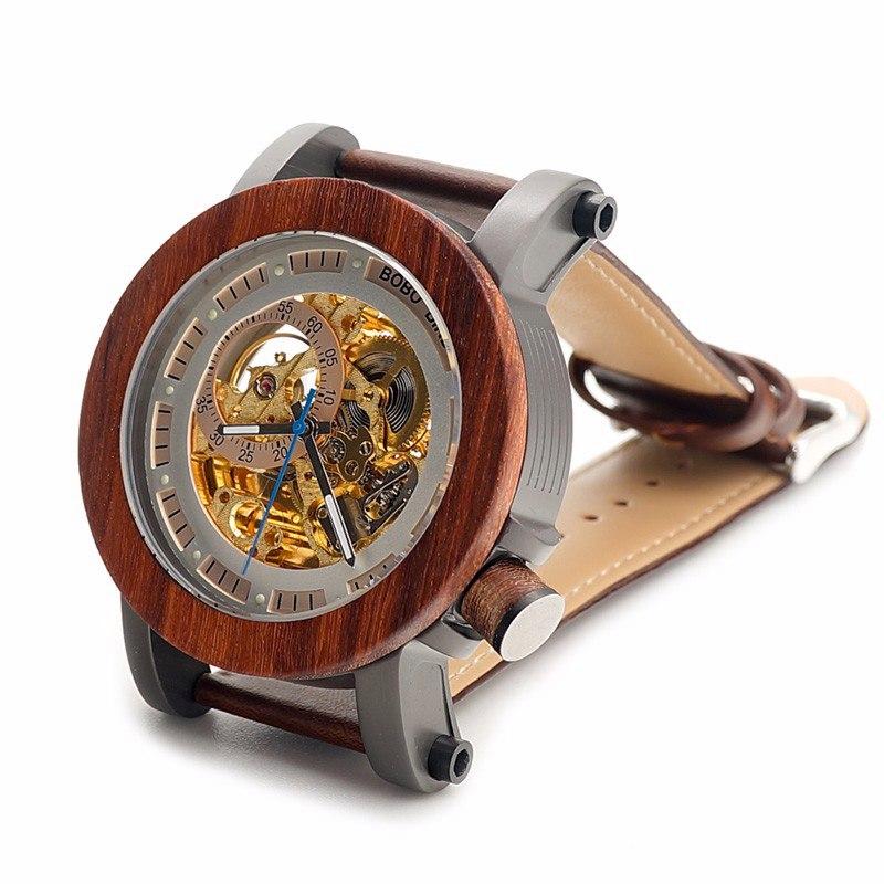Необычные деревянные часы -