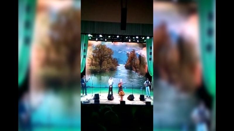 Концертный зал «Сибирь». Большой бардовский концерт «Песни счастливых дорог-2»