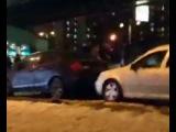 В Москве водитель автомобиля BMW сбил женщину и протаранил несколько машин