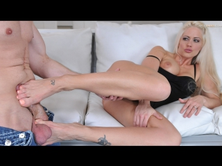 Holly heart [hd porno, all sex, foot fetish, joi, femdom, feet, blonde, milf]
