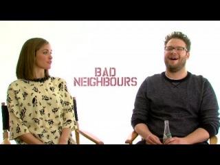 «Соседи. На тропе войны» (2014): Интервью с Роуз Бирн и Сетом Рогеном (Русские субтитры)