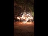 Огненная надпись и большая пиротехническая вертушка Фаер-шоу