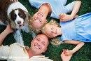 Родители любят детей, дети любят собак…