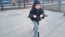 Влог катаемся на самокате в скейт парке.