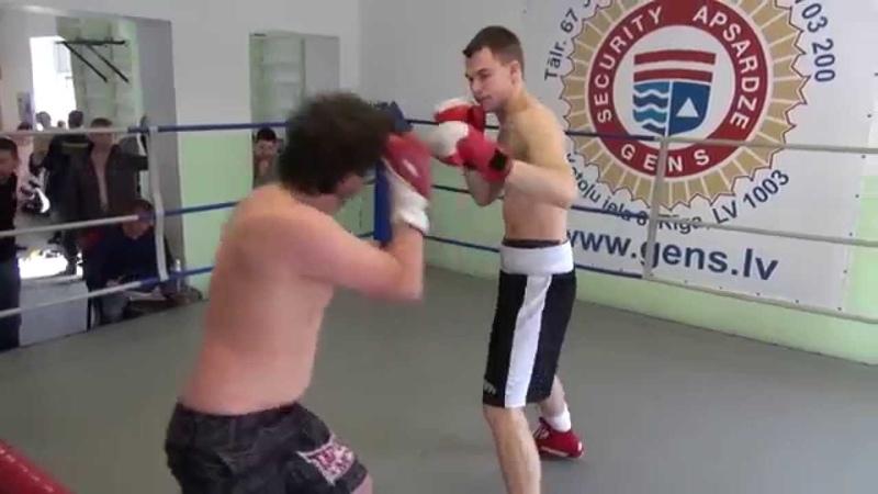 Maksims Gusčiks (Latvia) VS Dmitrijs Avsejenkovs (Latvia) 01.04.2014 proboxing.eu