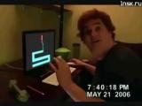 Пиндос оскорблял Россию в интернете, а в жизни испугался картинки которую ему запустили в компьютер русские хакеры и разбил мони