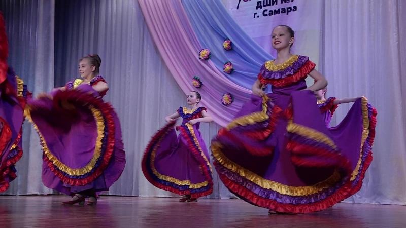 Мексиканский танец Авалюлько (отчетный концерт ансамбля Самоцветы 23.05.18)