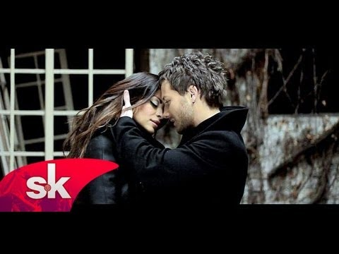 ® SASA KOVACEVIC NIKOLINA PISEK - Idemo do mene (Official Video HD) © 2011 █▬█ █ ▀█▀