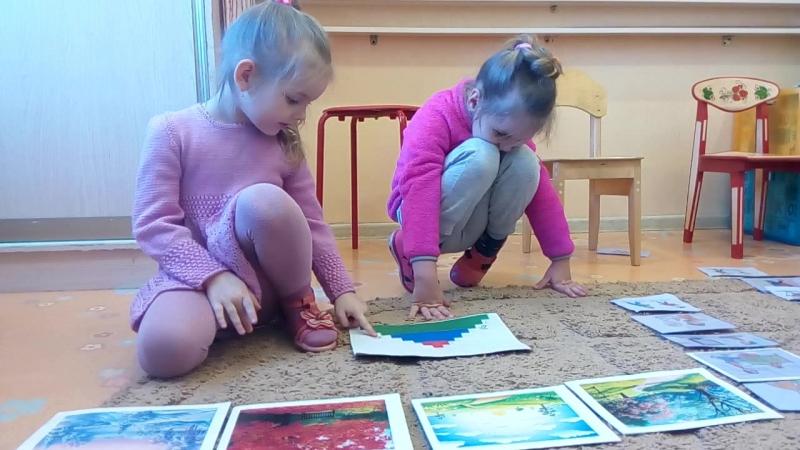 Девочки (5 лет) рассказывают о временах года на англ.яз