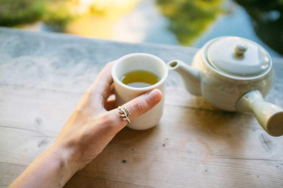 Как ускорить потерю веса-Пить зеленый чай