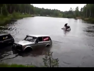 Лада Нива OffRoad 4х4. Утопили Ниву в озере.