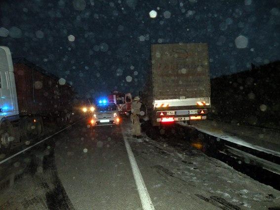 Невнимательность водителя привела к дорожно-транспортному происшествию