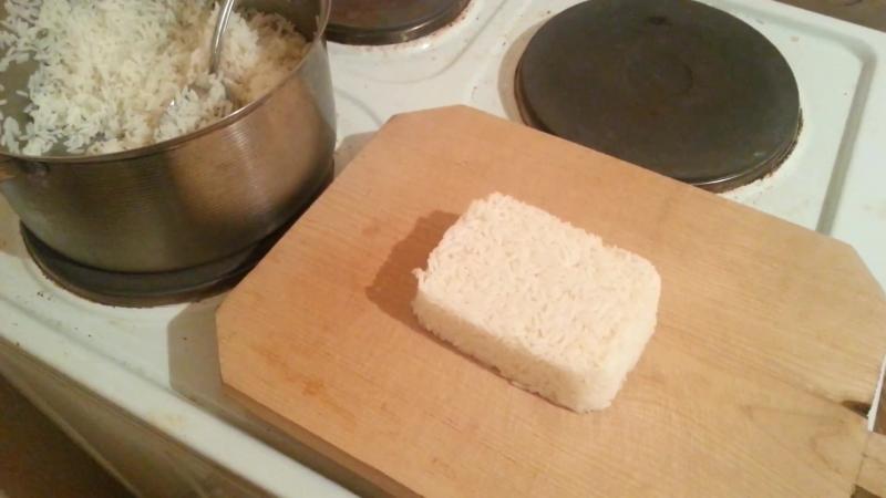 Готовим АНТИКРИЗИСНЫЕ СУШИ в домашних условиях ⁄ ANTI-CRISIS Sushi Cooking at home