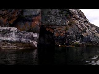 Горловое Пение внутри скалы... И под скалой... И над Байкалом