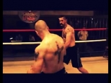 Roy Jones Jr. - Can't Be Touched ( 360 X 450 ).mp4