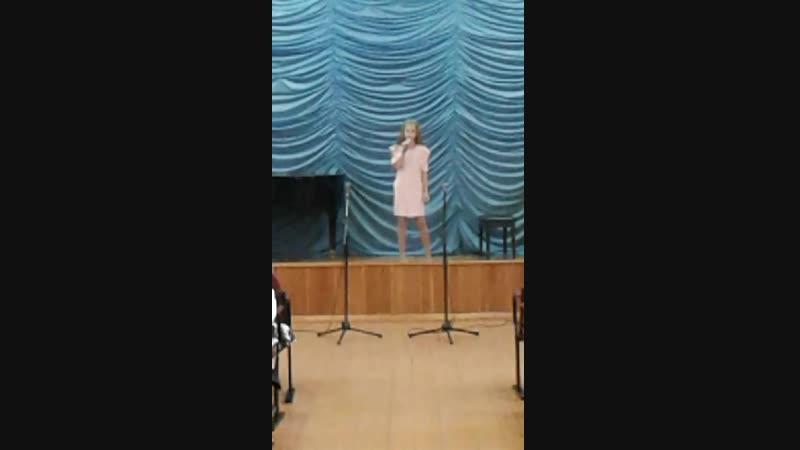 Поёт племянница 💓 Софья Ларина (19.11.18г