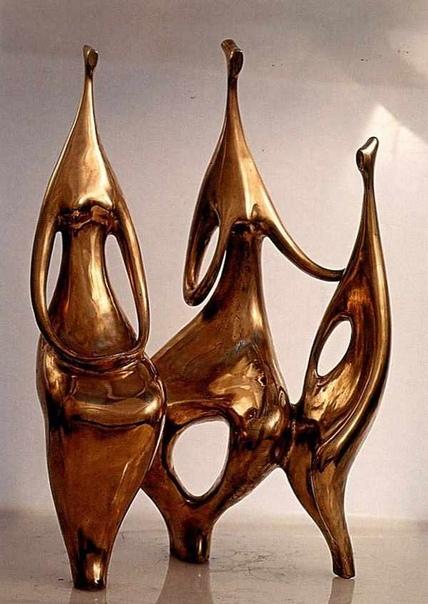 Николай Андреевич Силис (06.06.1928–13.11.2018) — советский и российский художник, скульптор-монументалист, авангардист. Заслуженный художник России. Известен как участник творческого коллектива